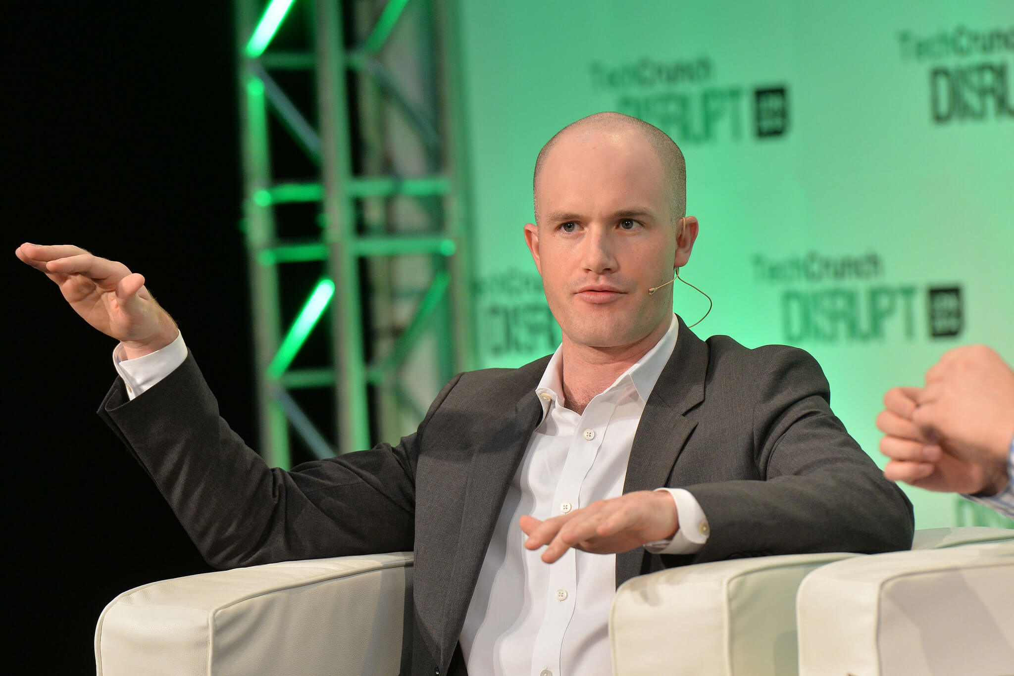 blogcertified-VODXS-COINBASE-CEO-TOPS-RIHANNA-IN-FORTUNE- 40-UNDER-40-LIST