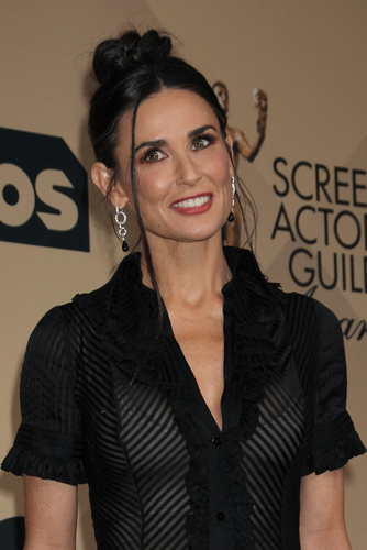 blogcertified-Demi-Moore-opens-up-about-spiraling-down-a-path-of-real-self-destruction