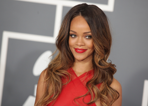 blogcertified-Rihanna-Unveiled-Part-of-Her-New-Holiday-Collection-and-It's-Stunning
